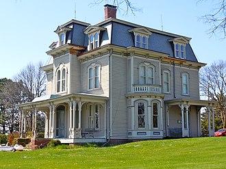 Amerika (miniseries) - The John Cattle Jr.-Hughes Mansion in Seward, Nebraska, served as the Bradford home in Milford.