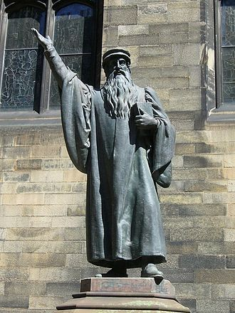 New College, Edinburgh - Statue of John Knox in the New College quadrangle.