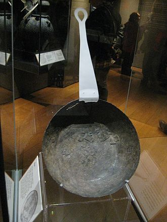 Jorvik Viking Centre - Cooking pan in the museum
