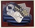 Juan Gris - La guitare aux incrustations - Google Art Project.jpg