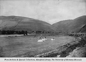 History of Missoula, Montana - Teepees set up in modern-day Missoula south of the Clark Fork River, facing east