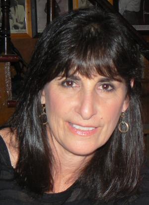 Karla Bonoff - Image: Karla Bonoff at Knuckleheads Saloon