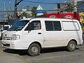 Kia Besta II 2.7d Cargo Van 2006 (14901165220).jpg
