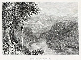 Cilgerran Castle - Image: Kilgarran castle on the river Teivy