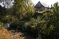 Klučov - tvrziště Na valech v areálu zemědělského dvora (2).jpg