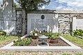 Kosovelov grob v Tomaju.jpg