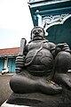 Kraton Surakarta - Patung.jpg