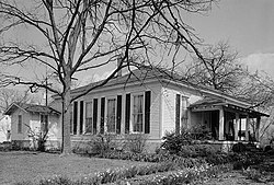 L. Q. C. Lamar House, 616 North Fourteenth Street, Oxford (Lafayette County, Mississippi) - (cropped).jpg