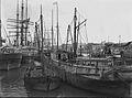 La Boca ships 1900.jpg