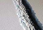 Separation o the iceberg frae the Larsen C Ice Shelf