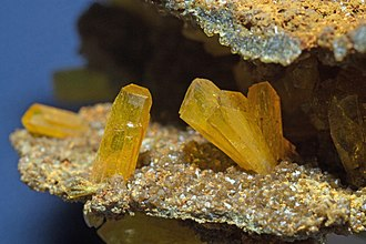 Legrandite - Image: Legrandite, limonite 1100.1.2839