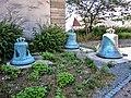Les trois cloches déposées de l'église de Traubach-le-Haut.jpg