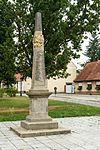 Lieberose Postmeilensaeule-01.jpg