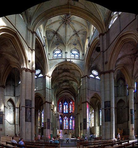 http://upload.wikimedia.org/wikipedia/commons/thumb/9/90/Liebfrauen_Trier_innen_1.jpg/447px-Liebfrauen_Trier_innen_1.jpg?uselang=ru