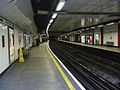 Liverpool Street tube stn Circle line look clockwise.JPG