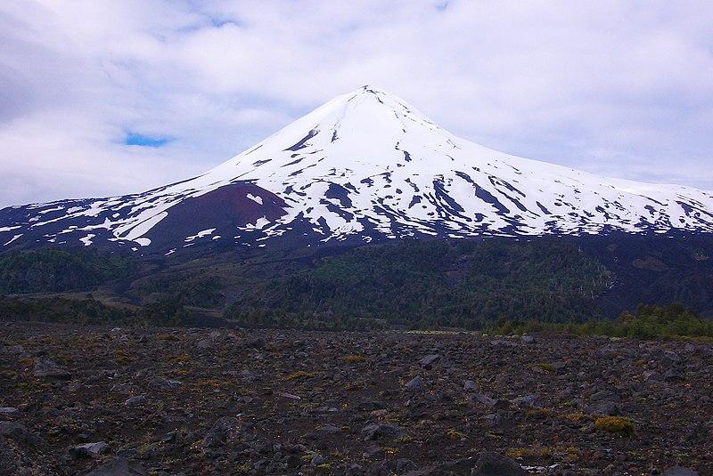 File:Llaima Volcano.jpg