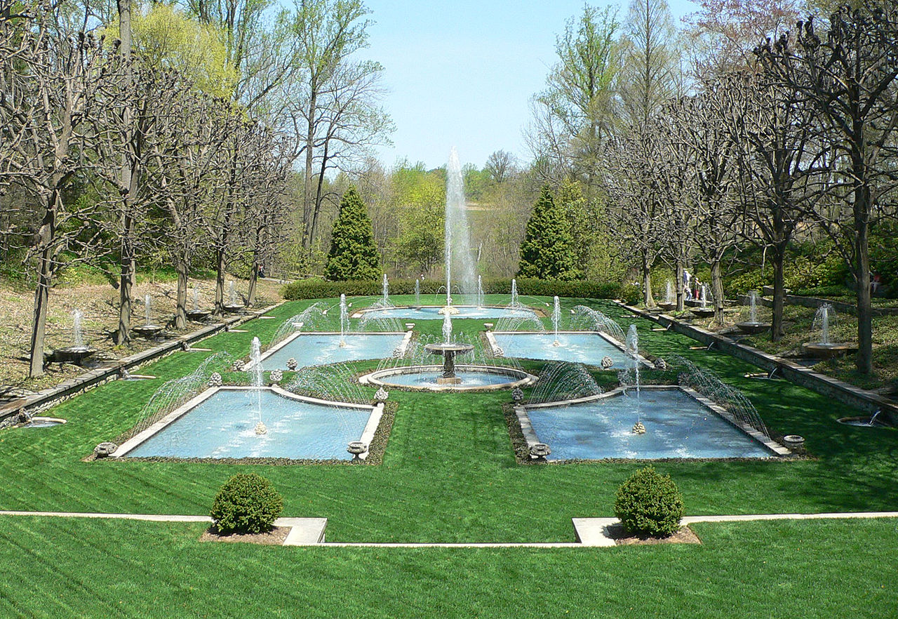 File longwood gardens fountain garden wikimedia for Landscaping longwood