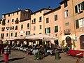 Lucca, Piazza dell'Anfiteatro (2).jpg