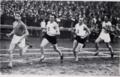 Luigi Beccali a Budapest impegnato nei 1500 metri piani.png