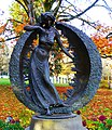 Luna Statue on the University of Oregon Campus (38497155342).jpg