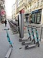 Lyon 2e - Station Vélo'v 2015 place de la République 1 (mars 2019).jpg