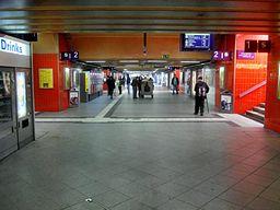 München- Bahnhof München Ost- Unterführung- von Gleis 1 Richtung Gleis 14 blickend 2.4.2010