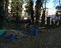 Malostranský hřbitov, míchačka.jpg