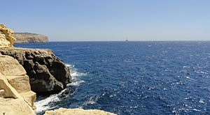 English: Coast of Malta.