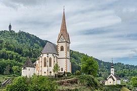 Maria Wörth Pfarrkirche hll. Primus und Felizian und Rosenkranzkirche ONO-Ansicht 06052019 6767.jpg