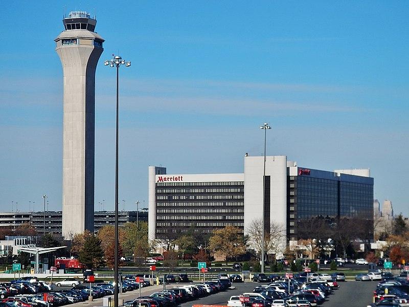 File:Mariott at Newark Liberty International Airport (EWR) - panoramio (1).jpg