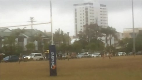 File:Maroochydore long range effort 2014-08-16.ogv
