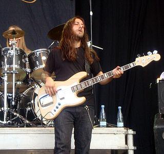 Martín Méndez bass guitar player