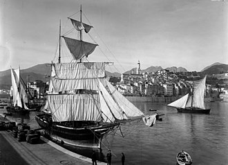 Menton - Sailing ships in Menton harbour, photograph by Jean Gilletta, early 1900s