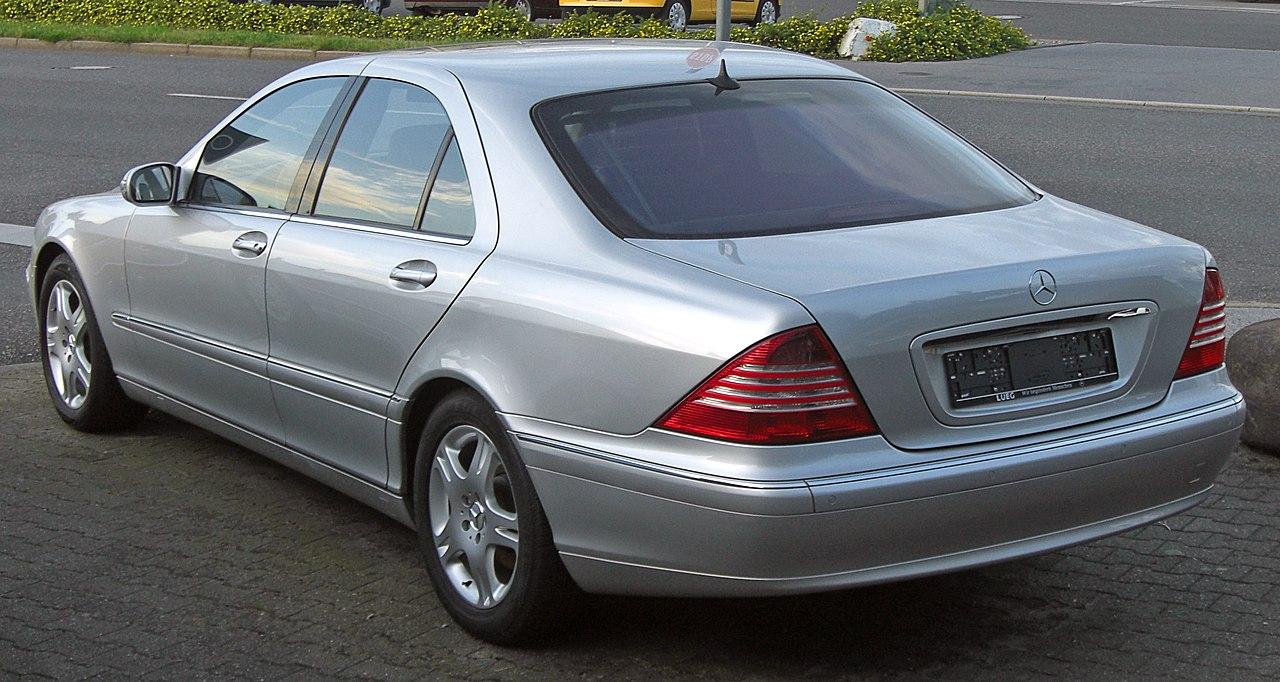 Navi Mercedes W