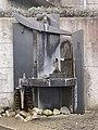 Metal fountain BoglerenStrasse 42d.jpg