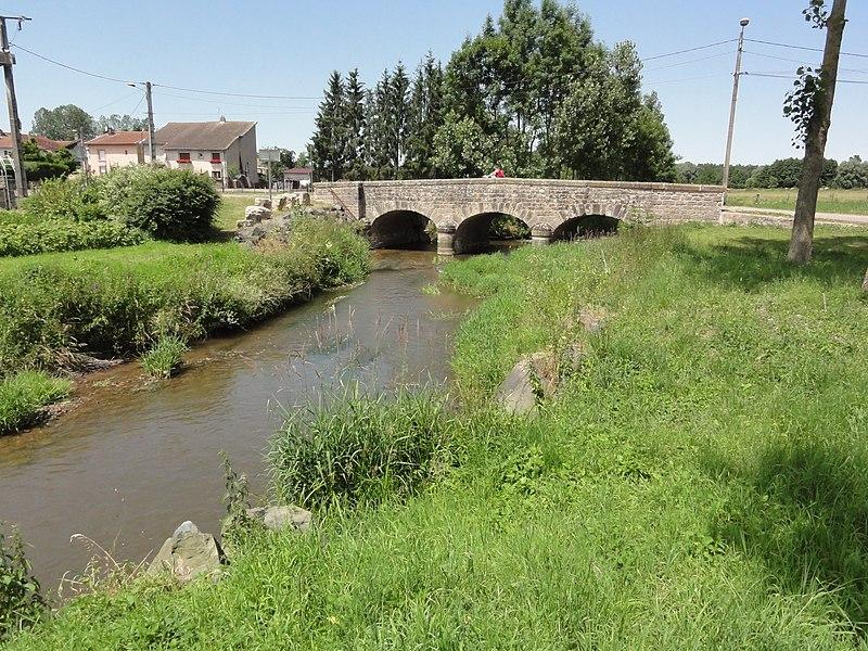 Mignéville (M-et-M) pont sur la Biette