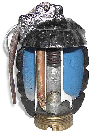 Mills bomb - Image: Mills N°5 Eclatée