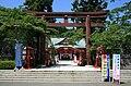 Miyagi Prefecture Gokoku Shrine Gate 2010-06-03.JPG