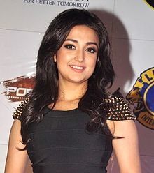 Monali Thakur at the '21st Lions Gold Awards 2015'.jpg