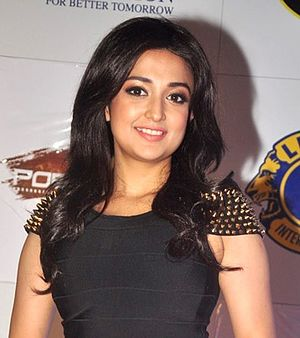 Monali Thakur - Thakur at the Lions Gold Awards 2015'