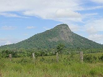 Monte Pascoal - Image: Monte pascoal 2