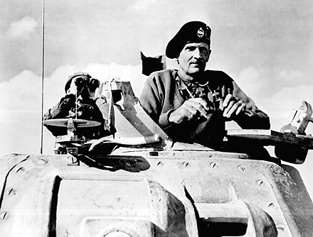 Montgomery watches Allied tanks advance (November 1942) Montgomery watches his tanks move up.jpg