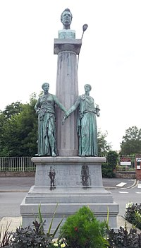 Monument à Crespel-Delisse 01.jpg