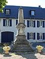 Monument aux morts de Hèches (Hautes-Pyrénées) 1.jpg