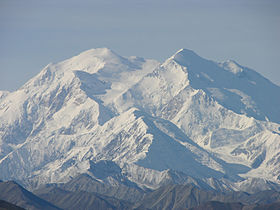 Mount McKinley Denali Close Zoom 3264px.jpg