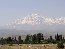 Mt. Sabalan from Highway near Ardabil.jpg