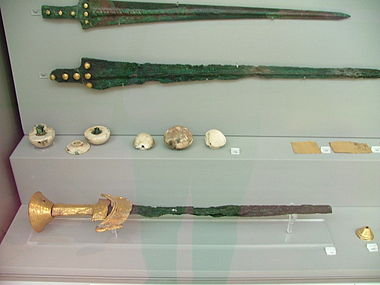 Mycenaean bronze swords.JPG