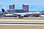 N75853 United Airlines 2002 Boeing 757-324 C-N 32812 (5997326672).jpg