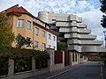 Nad Komornickou 8 a 8a, hotel Praha.jpg