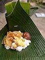 Nasi liwet di daun pisang.jpg